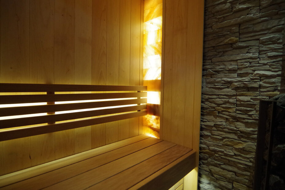 Salt-bricks-in-sauna-02