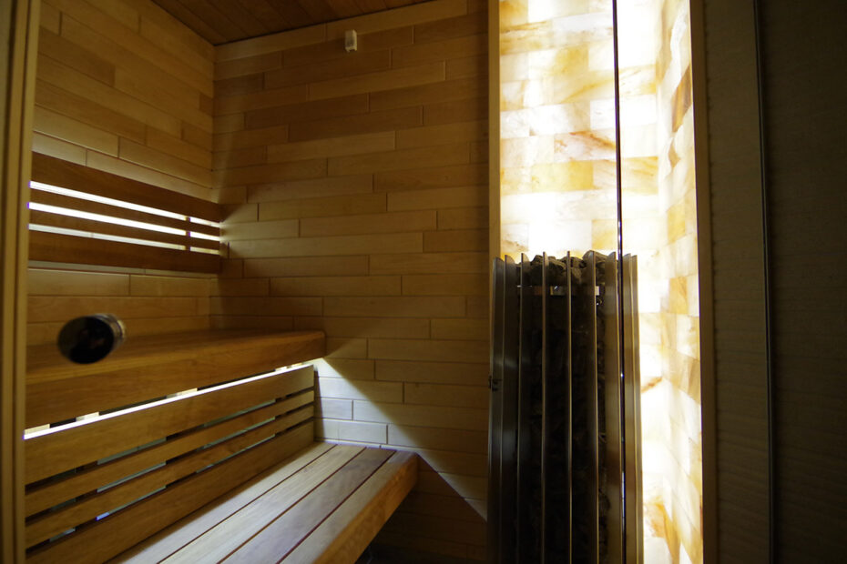 Salt-bricks-in-sauna-07